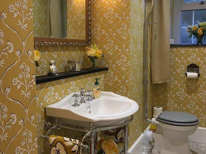 Silkwood Decorating - wallpapering